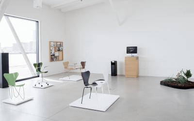7 kortárs építész gondolta újra a klasszikus design széket